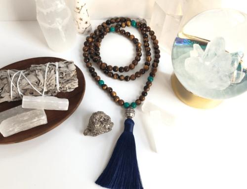 Comment méditer avec un collier mala